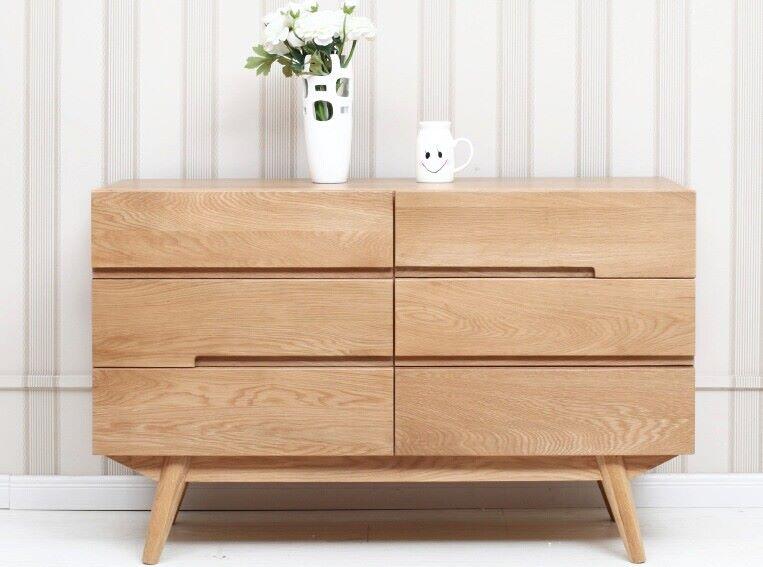 Mẫu tủ trang trí gỗ Sồi nhỏ gọn ứng dụng trong nhiều không gian sống