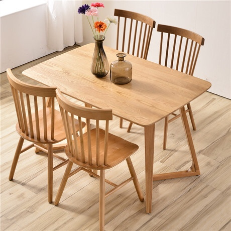 Mẫu bàn ăn gỗ sồi Mỹ đơn giản mà đẹp