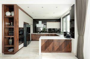 Tủ bếp gia đình chữ G